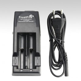 Зарядка для аккумуляторов (3,7 вольт) TrustFire TR-001